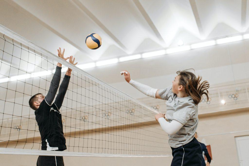 twee volleyballers
